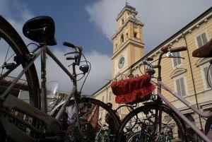 Piazza Garibaldi con bici