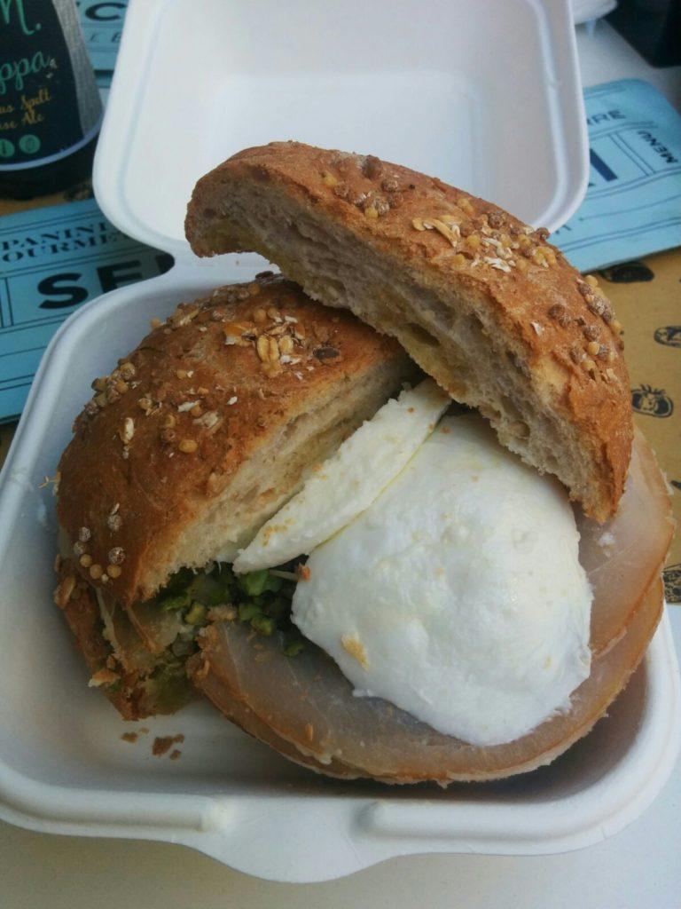 viaggio in bicicletta parma santa maria di leuca tappa marche panino prodotti tipici