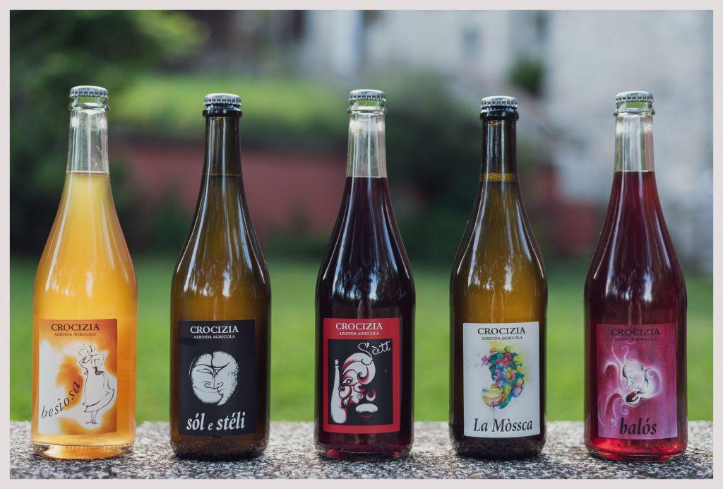 Bottiglie in fila